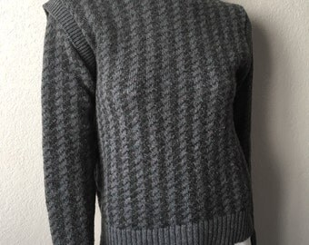 Vintage Women's 80's Maban Scotland Sweater, Gray, Wool, Hounstooth (S)