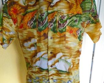 1970s Hawaiian surf and sail vintage shirt - size large