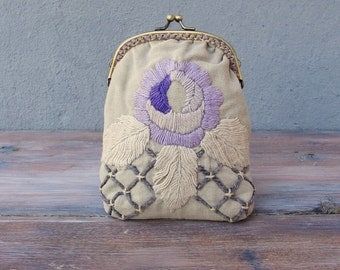 Romantic Clutch Lilac Vintage Embroidery Purse Kiss lock Pouch