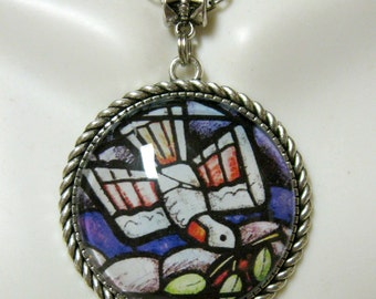 Dove of peace pendant and chain - AP25-050