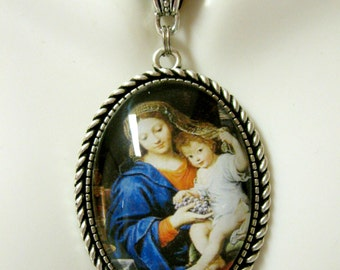 Madonna of the Grapes pendant and chain - AP09-003