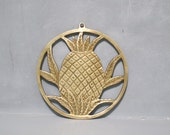 Vintage Brass Pineapple Trivet / Welcome Ananas Pot Holder Round Hot Plate Tropical Pina Primitive Retro Kitchen Decor Southern Hospitality