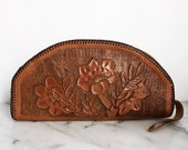 SALE // Tooled Leather Clutch Wristlet Tan Brown Talon Zipper Floral 1970s Authentic Vintage Braided