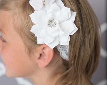 White flower headband, white Elastic Headband, chirstening headband, newborn headband, baptism headband, wedding flower girl, baby blessing