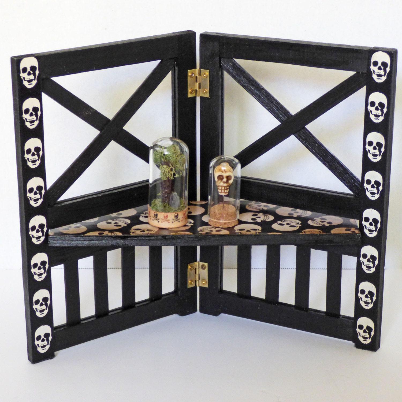 Gothic home decor small shelf skull decor display shelf for Skull home decor