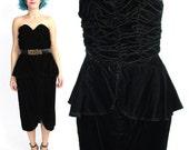 50% OFF SALE 80s Black Velvet Peplum Dress Strapless Party Dress Sweetheart Ruched Dress Midi Knee Length Pinup Evening Dress (XS/S)
