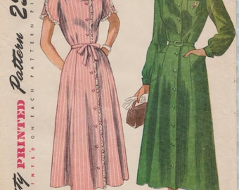 Vintage 40s Sewing Pattern / Simplicity 2527 / Dress / Bust 37