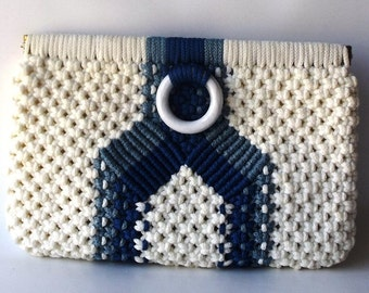 vintage 70's macrame clutch purse small womens fashion retro modern boho hippie accessories blue white nautical preppy summer bag woven old