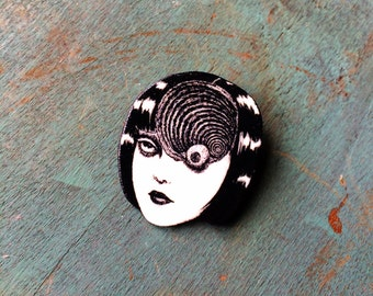 Junji Ito Uzumaki Japanese Horror Manga Graphic Novel Anime Comic Book Character Pulp Pin Button Pinback