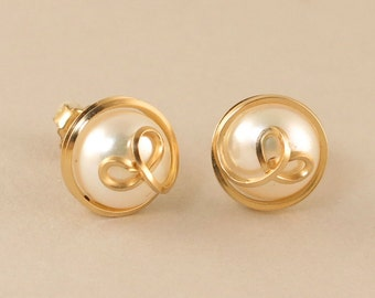 Pearl Gold Stud Earrings, Gold Filled White Freshwater Real Pearl Wire Wrapped Post Earrings, Pearl Gold Button Earrings