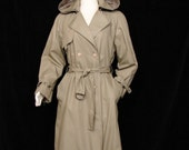 Trench - Classic LONDON FOG Maincoat - Zip Out Lining - Circa 1980's