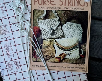 Macrame Purse Patterns - Knotted Purses Handbags Macrame Book 1976