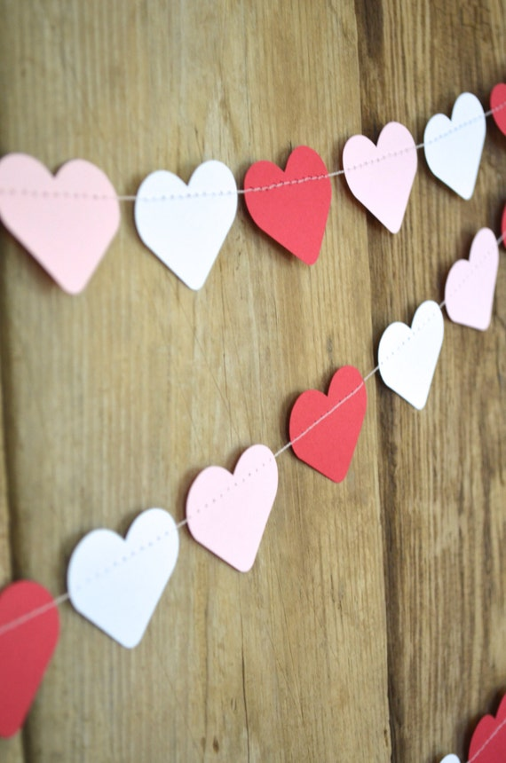 Red, White and Pink Paper Hearts Garland