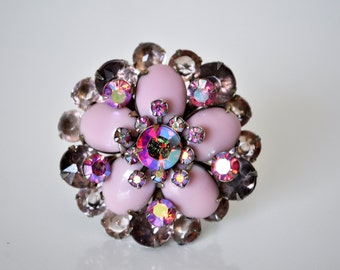 Gorgeous Vintage Pink Flower Brooch