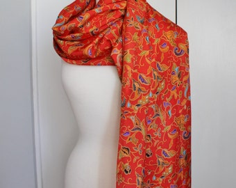 Vintage 70s Women's Red Paisley Boho Bohemian Ethnic Print Large Rectangle Oblong Spring Summer Scarf