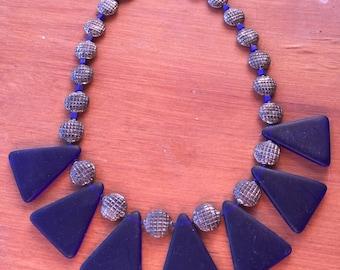 Vintage 80s - Midnight blue frosted glass choker-bib necklace