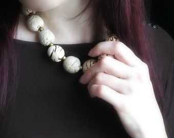 Chunky Necklace Statement, Natural Necklace, Boho Necklace, Bombona Beads, Waxed Linen Cord, Matte Beads