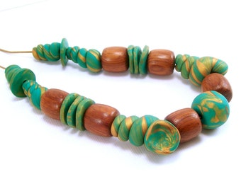 Polymer Clay Jewelry Necklace, Emerald Green and Gold Beaded Necklace, Clay and Wood Bead Necklace, Handmade, Long Necklace, Gift for Her
