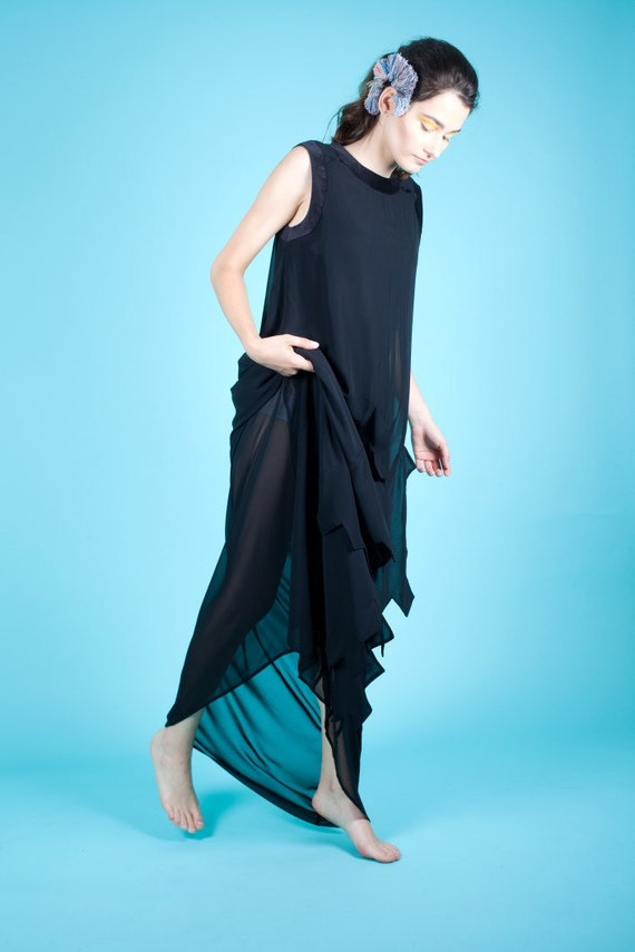 75% OFF SAMPLE SALE!!! Black evening dress