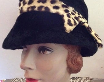 Vintage 1950s 1960s Hat Black With Stenciled Calfskin Band Made In Italy