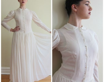 Vintage 1930s Wedding Dress White Silk Long Sleeved / 30s Bridal Gown with Button Down Closure / Medium