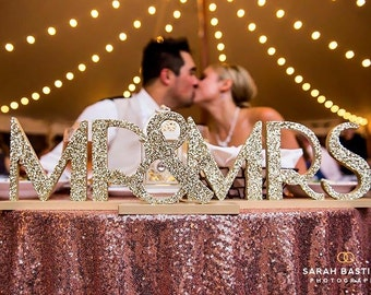Mr & Mrs Wedding Signs for Sweetheart Table Gatsby Style 1920s Vintage Style Wedding Decor Wedding Reception Decorations (Item - MBG200)