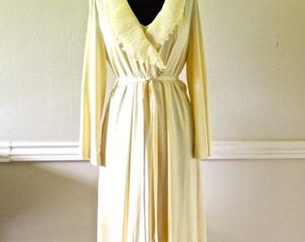 vintage yellow lingerie set - 1950s-60s Gossard nightgown/robe set