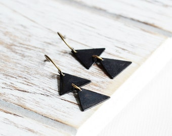 Black Dangle Earrings - Rustic Black Triangle Earrings with Antiqued Brass Hooks, Two Triangle Drop, Everyday Earrings, Geometric Jewelry