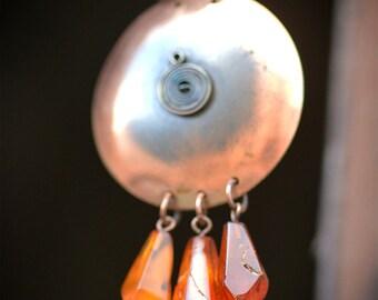 Cognac amber Drops chainmaille 1970 vintage necklace Metalwork Copper disc Pendant