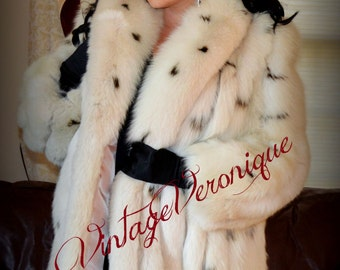 VTG SAGA Lynx Dyed Fox Spotted White Fox Fur Jacket  3/4 Coat/ Arctic Fox Fur Coat Fox Fur Jacket Stroller Coat sz Medium / sz 6 8 10