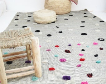 Vintage Moroccan Wool Rug - Circles colored wool
