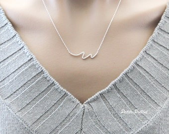 Wave Necklace in Matte Gold/ Silver. Minimalist. Simple and Chic. Collarbone Necklace. Timeless. Gift For Her (PNL- 108)