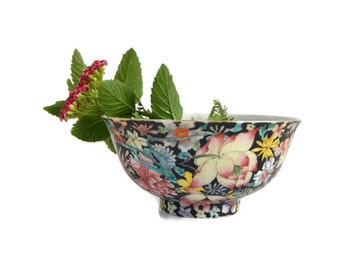 Chinese Millefleur Rice Bowl, Hand Painted Enamel Porcelain Bowl Vintage China Republic Period Bowl Pink White Lotus Peony Flowers Excellent