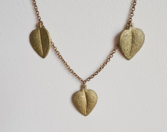 1940s Brass stamped leaf charm chain necklace / 40s dangling necklace