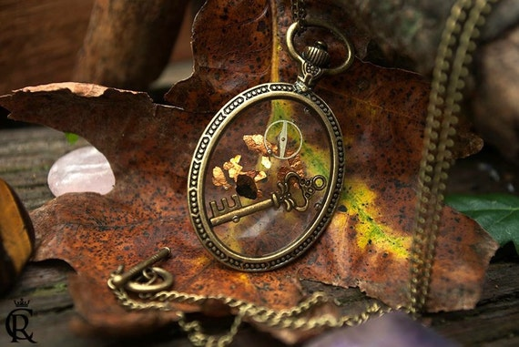 Key and gears pendant preserved in resin pocket watch frame steampunk charm Necklace