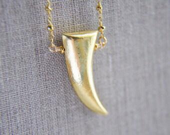 SALE Gold Horn Necklace, Horn Necklace, Horn Jewelry, Trendy Boho Jewelry, Boho Necklace, Boho Jewelry, Bohemian Necklace, Layering Necklace