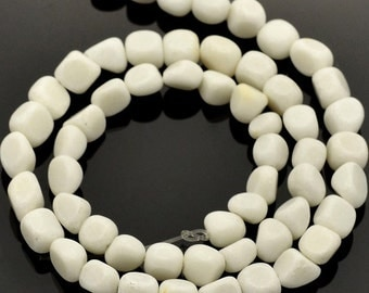 Natural White Jade Beads 15 Inch Natural Gemstone Strand Nugget Shape - BD874