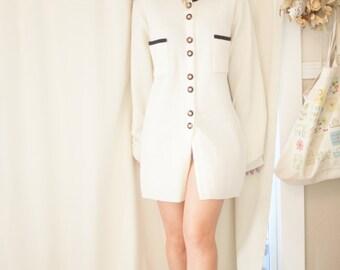 vintage black, white and gold jacket/tunic/cardigan medium