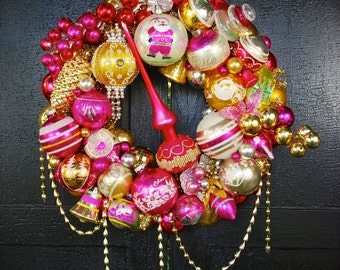 Vintage Ornament Wreath: Palomino PINK - Hot Pink and Gold - Holiday Wall Decor