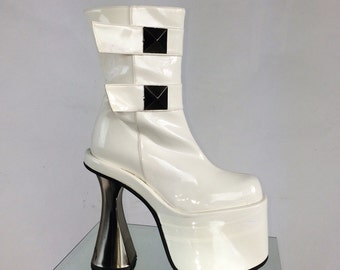 90's Luichiny White Mega Platform Metal Heel Studded Patent Zip Up Boots // 6-6.5