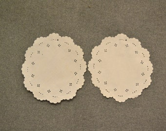 Vintage Round Doilies, Set of 2