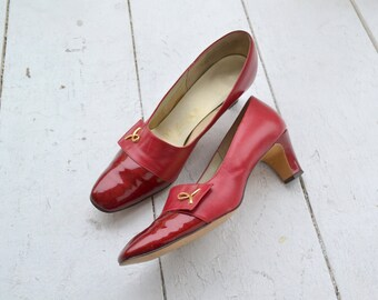 1960s Naturalizer Red Leather and Patent Heels, Size 9AAAA