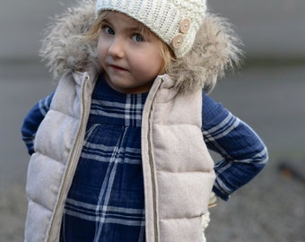 Knitting PATTERN-The Pomlynn Hat/Mitten  Set (Toddler, Child, Adult sizes)