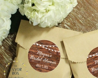 24 Wedding Favor Bags with Personalized String Light Labels // Wedding Favors // Bridal Shower Favors // Kraft Favor Bags