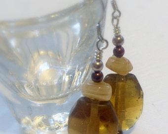 Amber Colored Glass Earrings, Vintage Bead Earrings, Root Beer Glass Beads, Amber Dangle Earrings, Nickel-Free Earrings, Vintage Jewelry