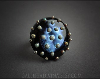 Lampwork glass ring - Cocktail ring - Black and gold - Golden dots - Statement ring - Adjustable ring