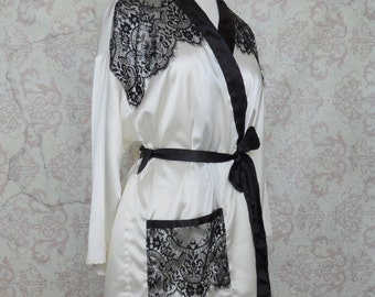Satin & Lace Luxury Dressing Robe // Black and White, Romantic