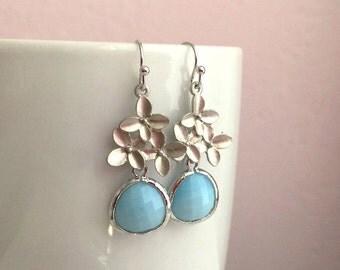 Silver Blue Earrings. Sky Blue Earrings. Flower Earrings.Bridal Earrings. Mom.Bridesmaid Earrings. Bridesmaid Gift. Wedding. Bridal Jewelry.