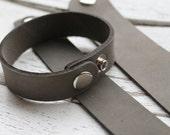 """1"""" Leather Bracelet Cuff - 1 Inch Wide Genuine Leather Cuff Bracelet in DISTRESSED GREY - Cuff Wristband - ONE Cuff"""