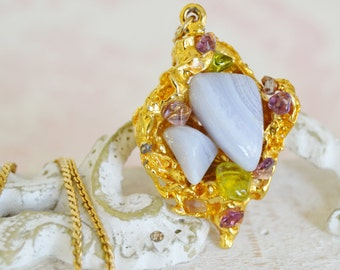 Vintage Necklace with Gold Tone Metal Nugget and Purple Stones